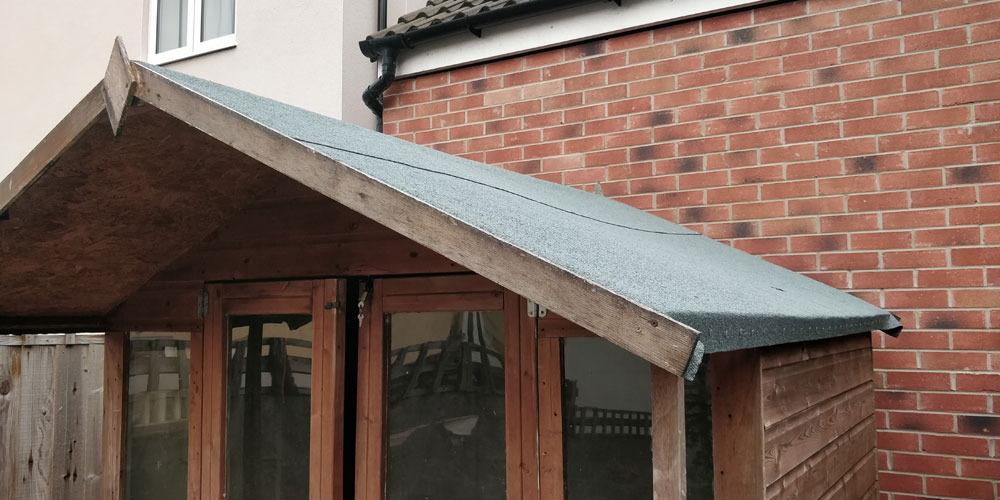 Summerhouse roof repair